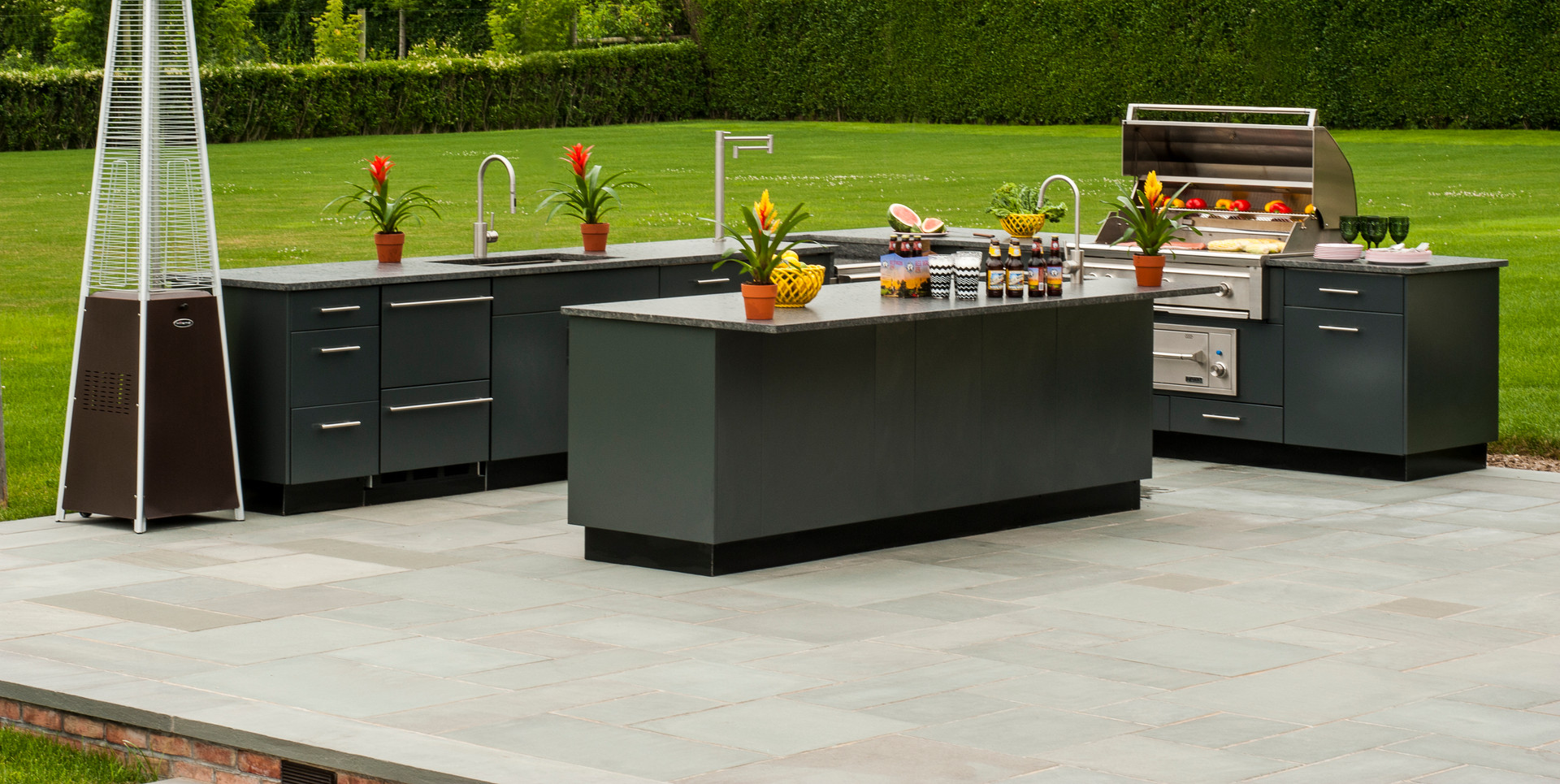 Outdoor Kitchen Modern Design
