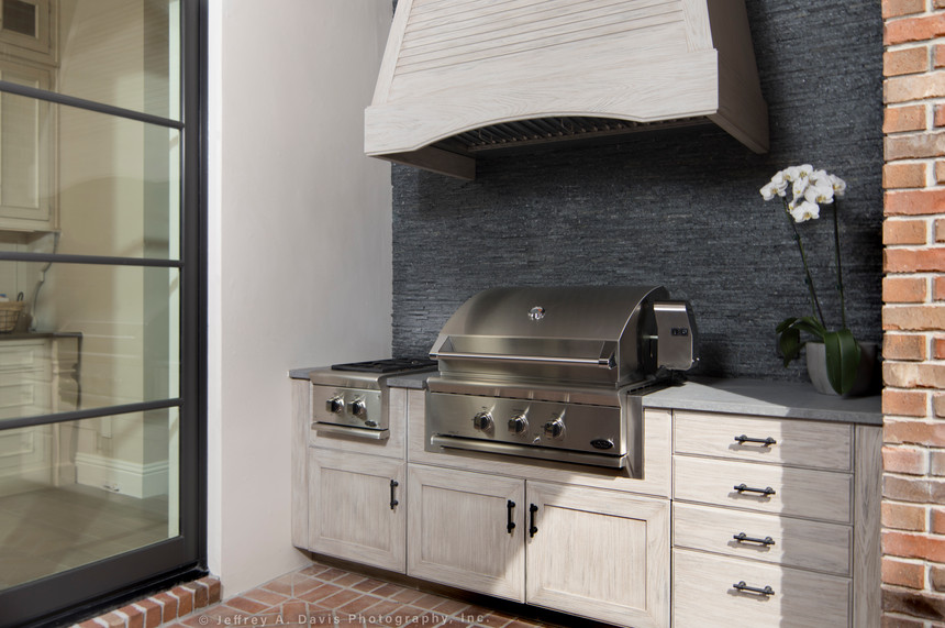 Transitional Kitchen with outdoor grill