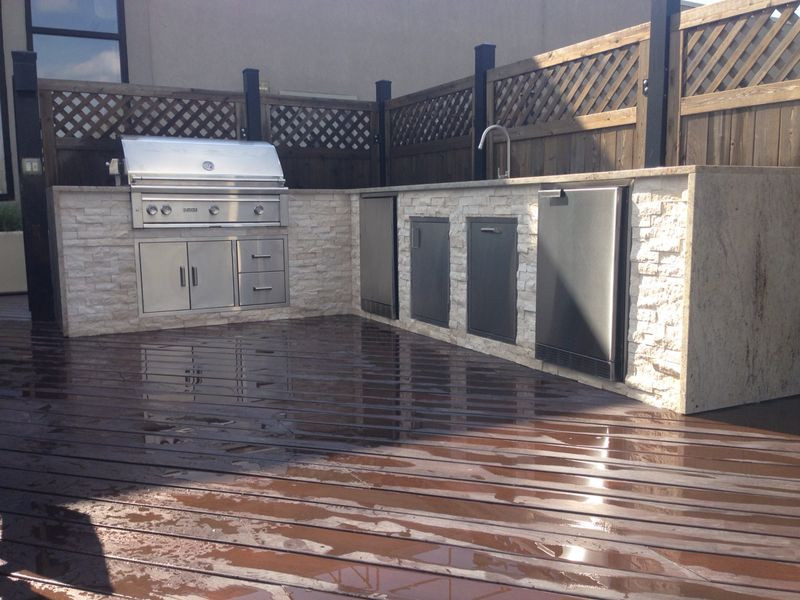Outdoor Living Rooftop