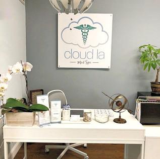 Inside-Cloud-La-Med_Spa_ Front-Desk