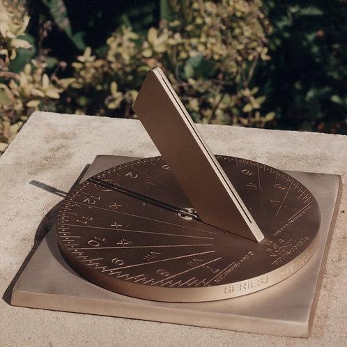 34cm Spot-on Sundial (London Model)