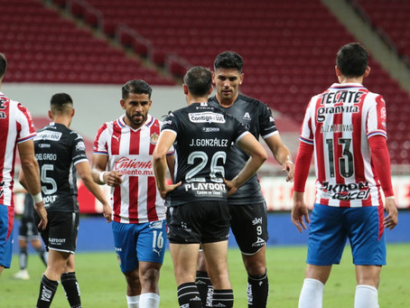 UN INOPERANTE Y TEMEROSO NECAXA CAE 1-0 ANTE CHIVAS EN LA REPESCA.