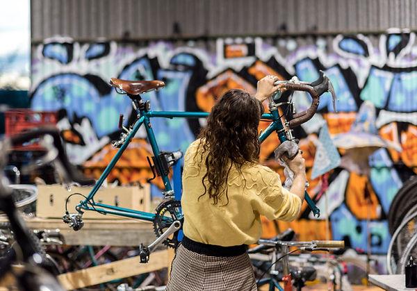 the-concealed-bike-kitchen-6b45e8ff1f824b3483a452cc6a19e82e.jpg