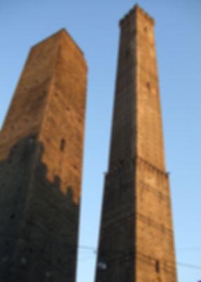 Due torri (foto di: Onanymous)