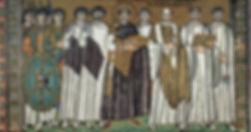 Murales (Ravenna). Personaggi illustri del passato in bicicletta. Sulla dx, Galla Placidia.
