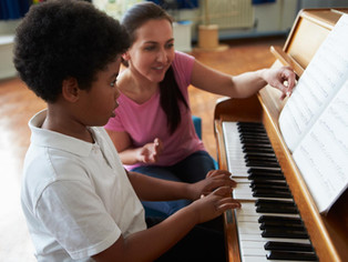 What Is the Best Age to Start Piano Lessons?