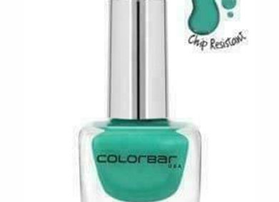 Colorbar Luxe Nail Lacquer CNL040 Magical Green