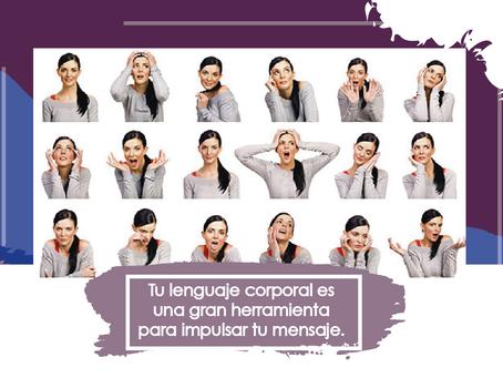 ¿Sábes cómo usar efectivamente tu lenguaje corporal al hablar en público?
