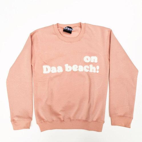 On Daa beach! Pour lui