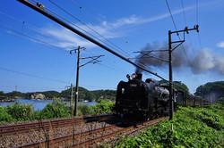 須賀を走るDC号