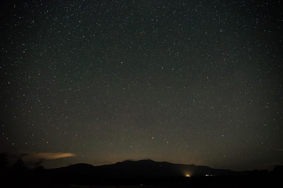 栗駒山に横たわる北斗七星
