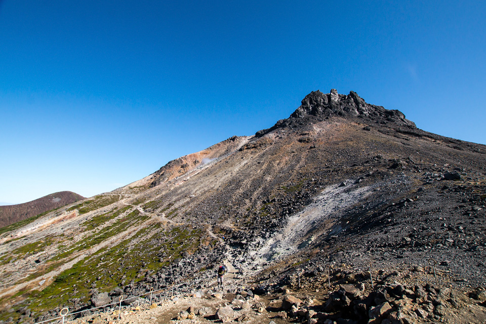 牛ヶ首から見た茶臼岳