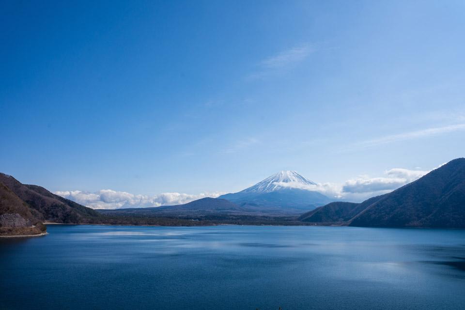 千円札の景色 本栖湖