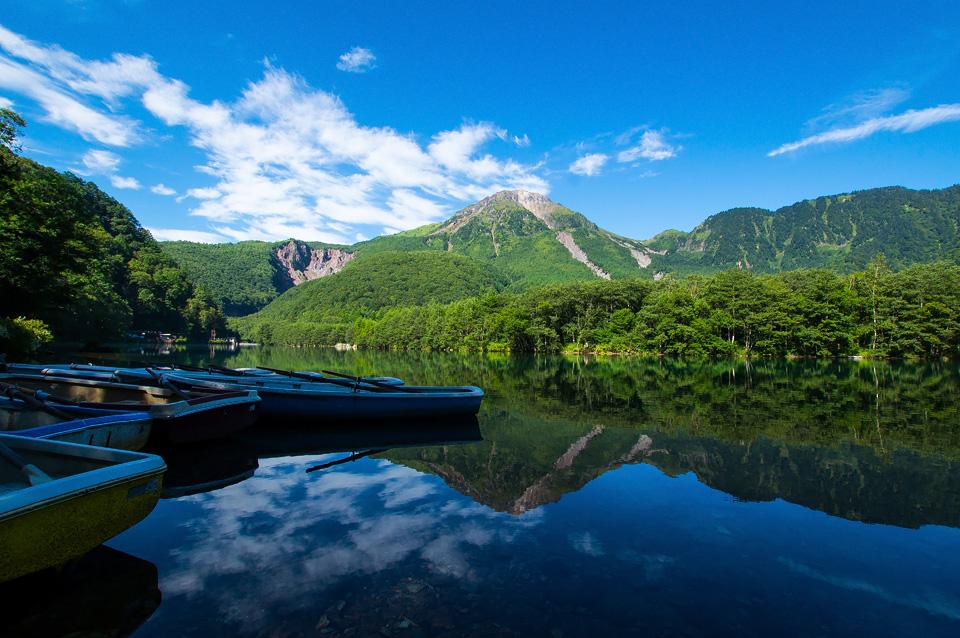静寂の大正池と焼岳