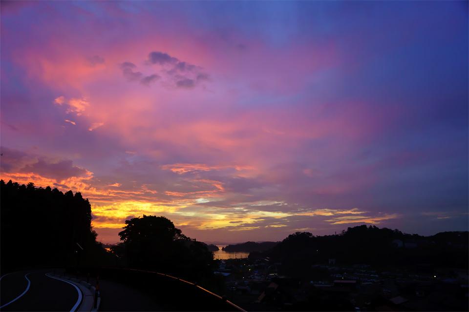 須賀漁港の朝