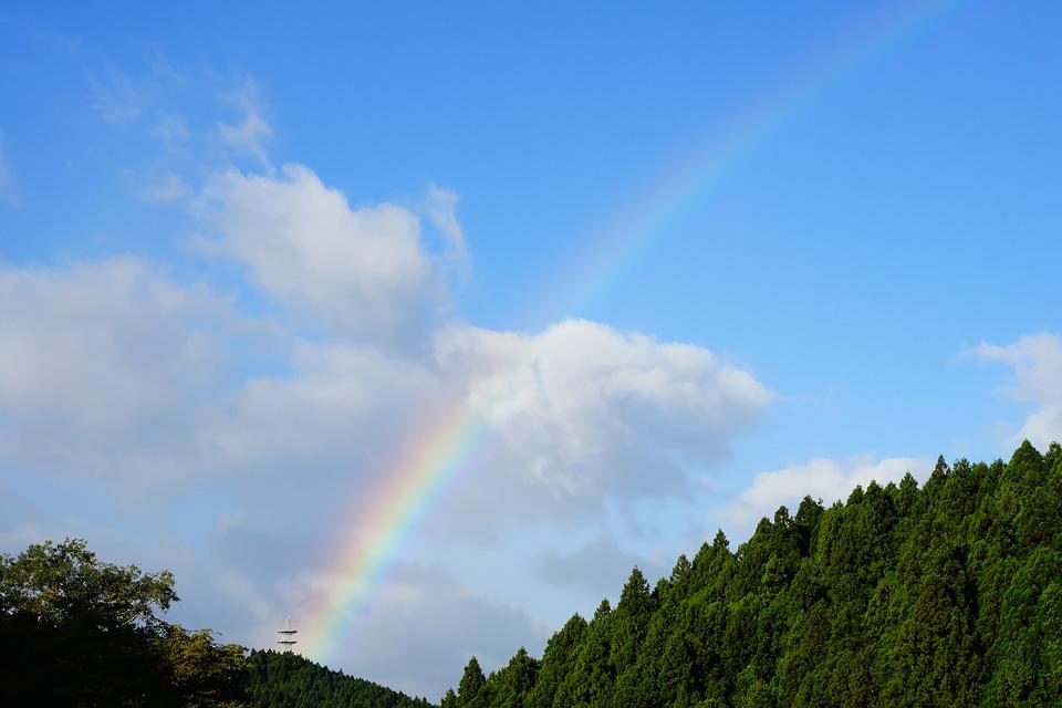 ゴド山にかかる虹