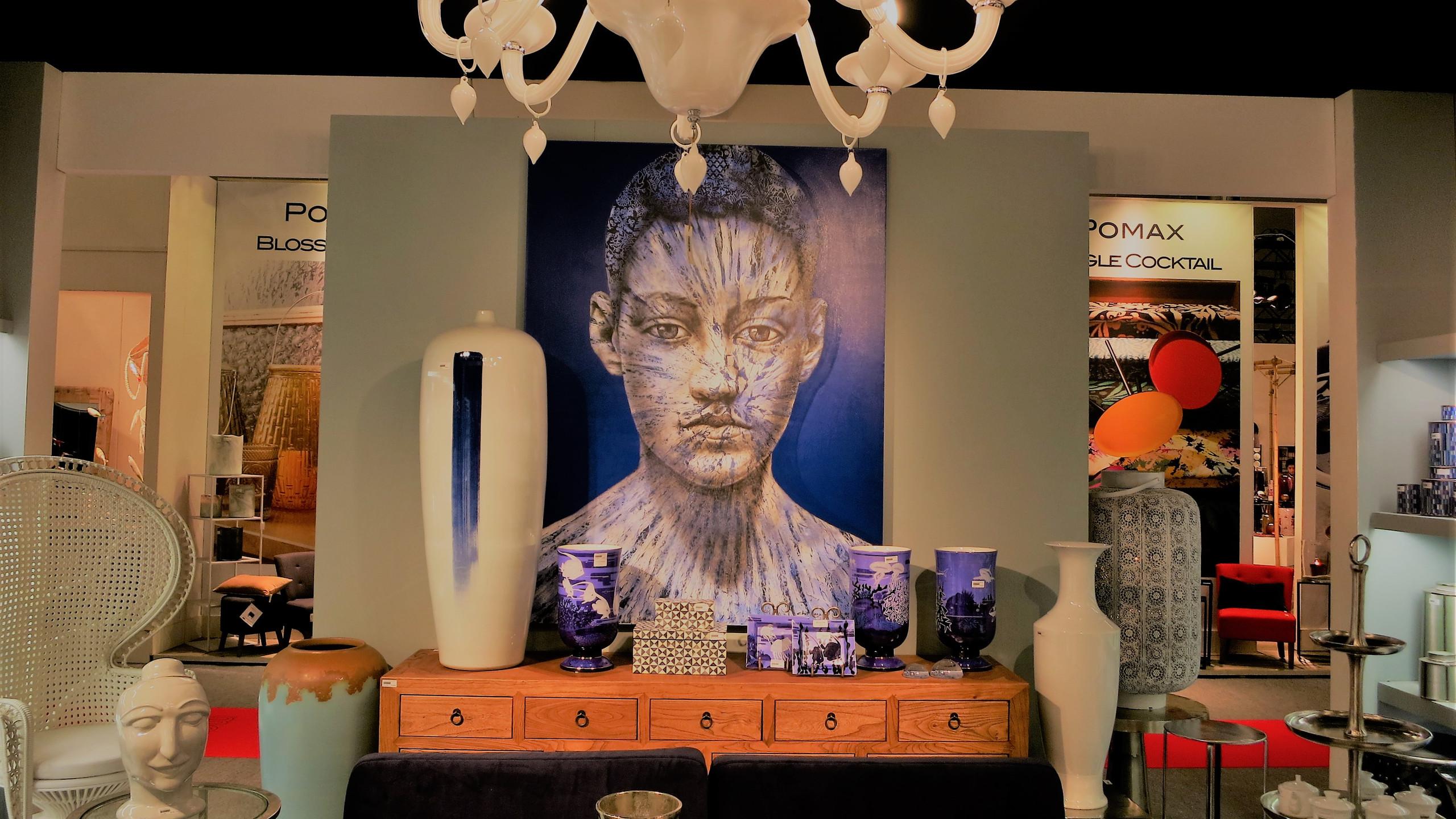 Maison & Objet Paris  Natürliche Materialien kombiniert mit Saphirblau.