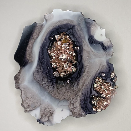 """Pre-Made 1.5"""" Geode Tag"""