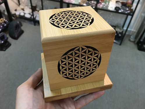 生命之花木盒 Box with Flower of life craving
