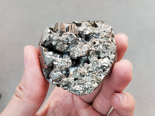 Pyrite Rock 黃鐵礦原石 ( 2 )
