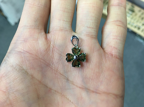 Moldavite Pendant ( Four-leaf clover Shape ) 捷克隕石吊咀 ( 四葉草 )