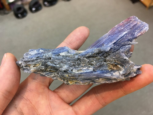 Kyanite Rough 藍晶石原石 ( 已售 / Sold )