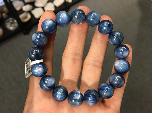 Kyanite 藍晶石 12mm ( 已售 / Sold )