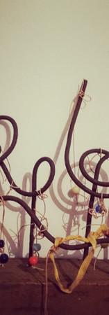 Ferraille et perles 1910 chinées, cordelette de lin