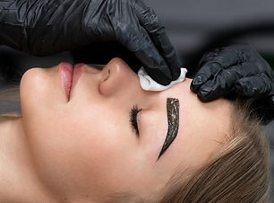 img_Brow-Tinting-Interlaced-Beauty%20(1)