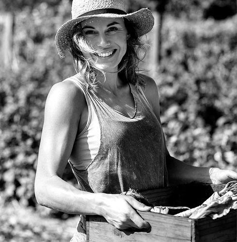 harvest woman.jpg