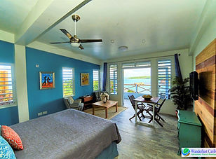 WC - Studio Suite - Panoramic View 1