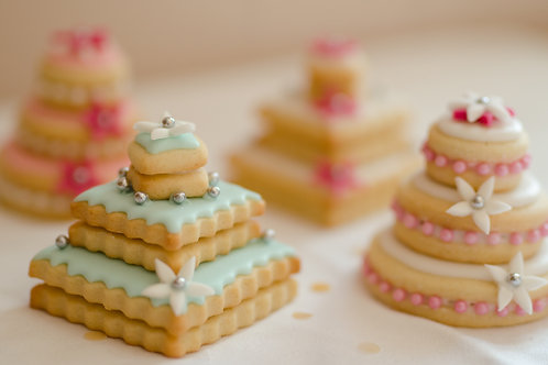 Mini Wedding Cakes - Pack of 10