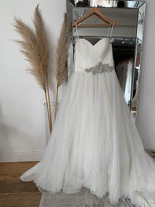 Allure Bridal -Size 15/16
