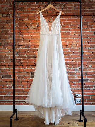 Willowby by Watters - Size 10