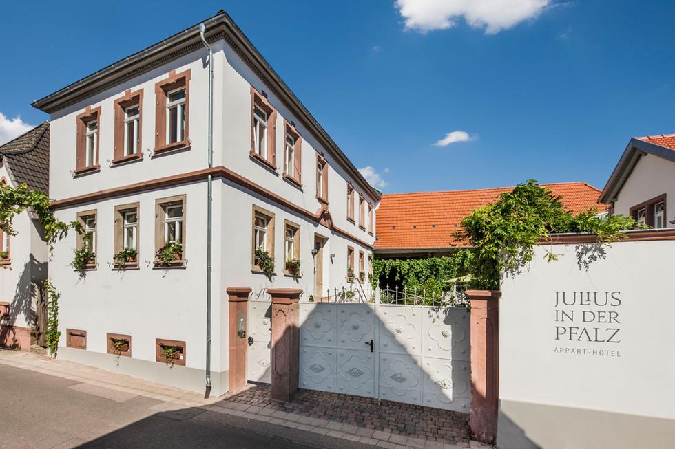 Julius in der Pfalz