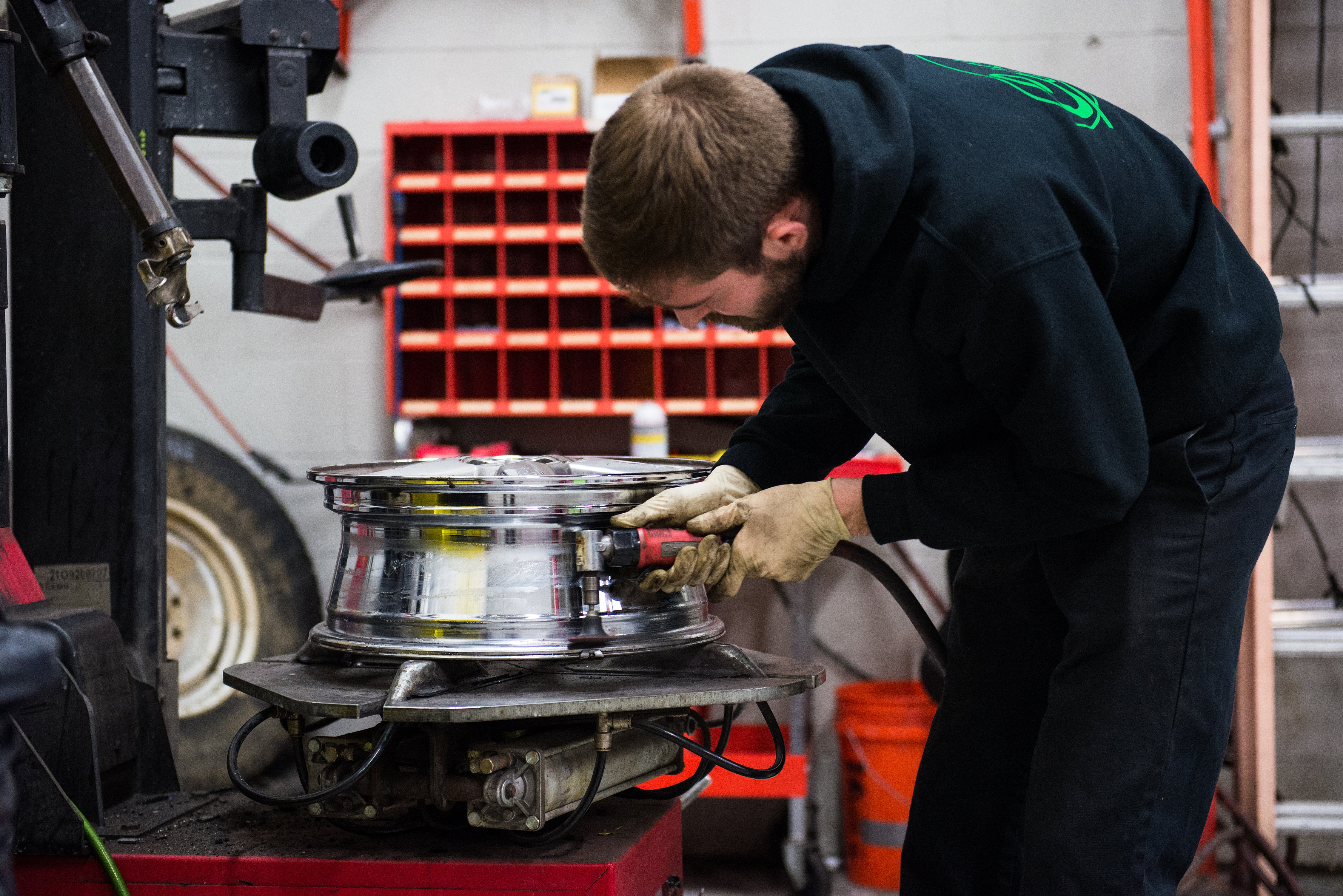 auto repair chantilly va chantilly va auto repair mechanic casey s automotive technician
