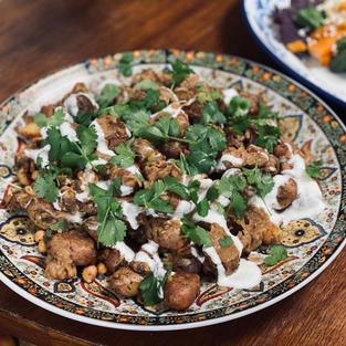 Indiase Chaat met dadelchutney, aardappels & gember
