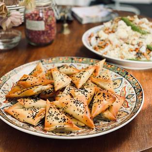 Samosa's gevuld met champignons & walnot