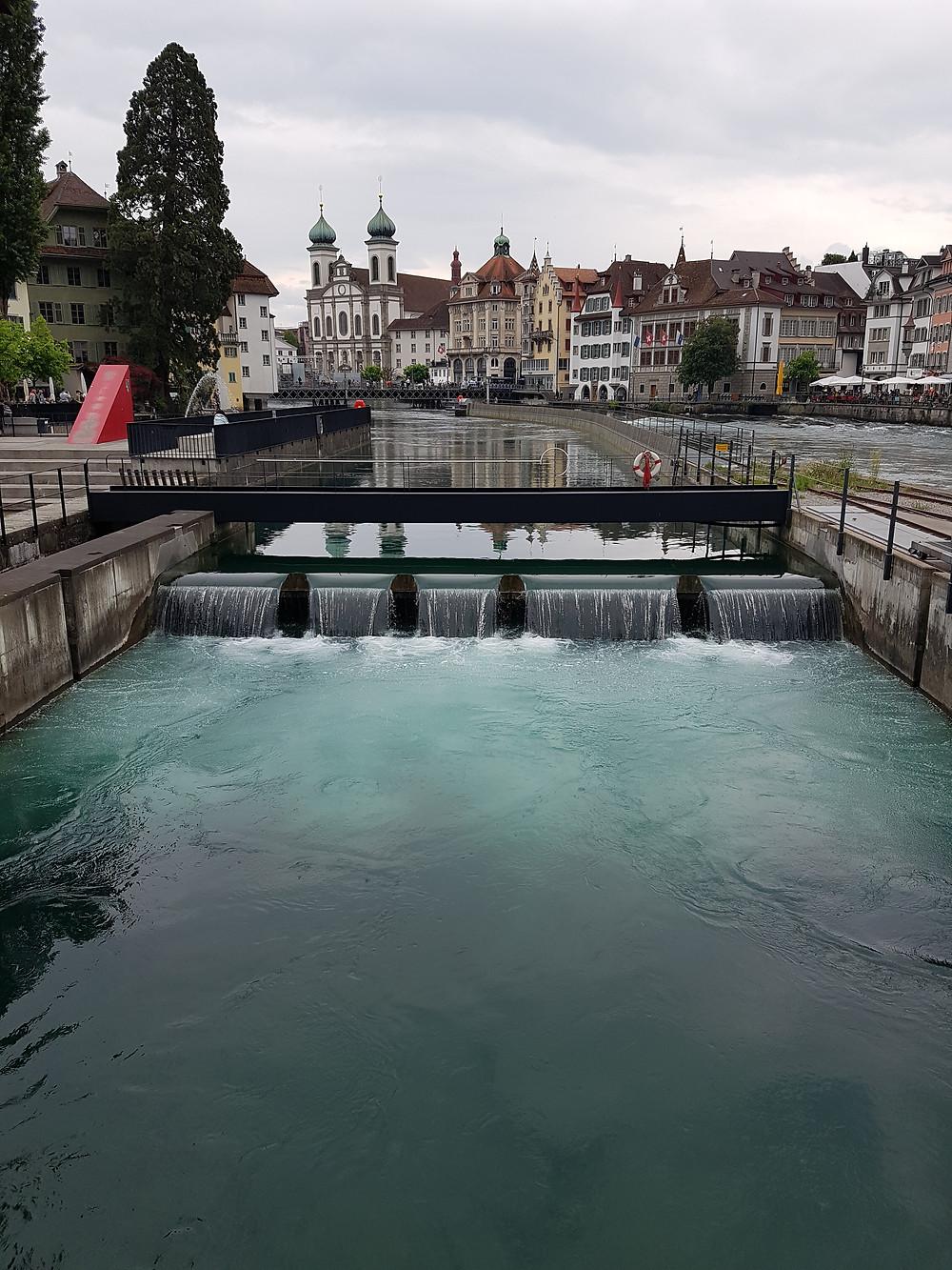 Sicht von der Spreuerbrücke zur Jesuitenkirche