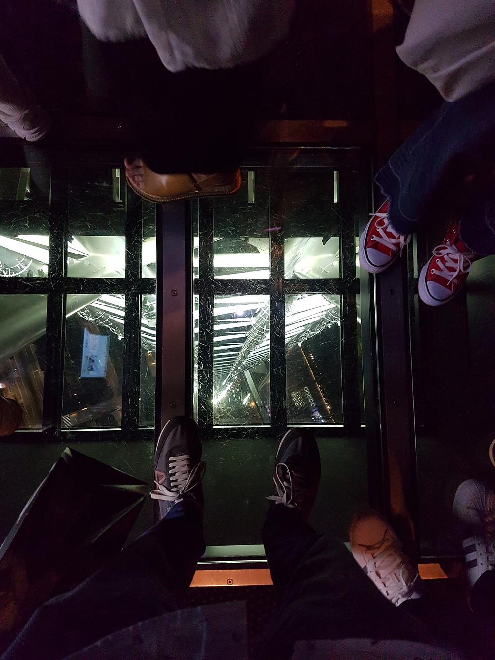 Glasboden in der Aussichtsplattform