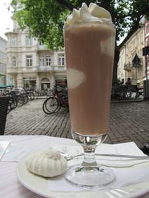 Schokoladen-Eis im Gmeiner