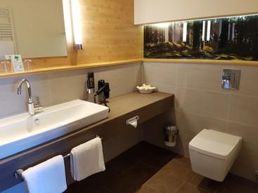 Toilette der Deluxe Suite