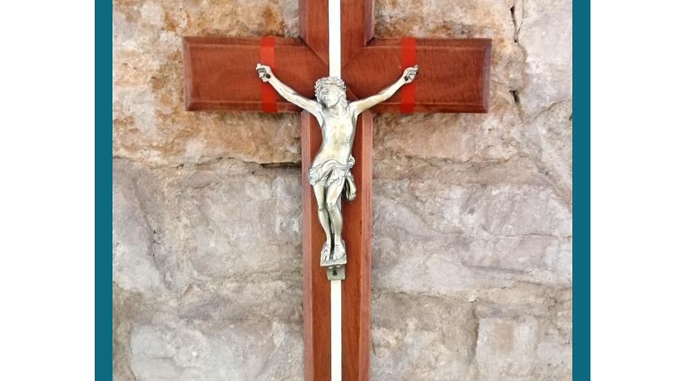 Christ chemin vers le Ciel - bois peint / métal doré