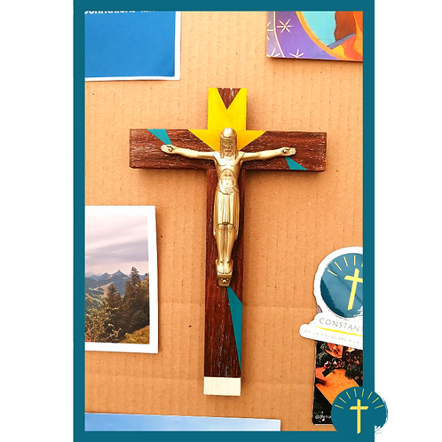 Christ Majestueux - bois peint / métal doré