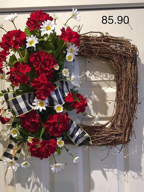 Square geranium wreath