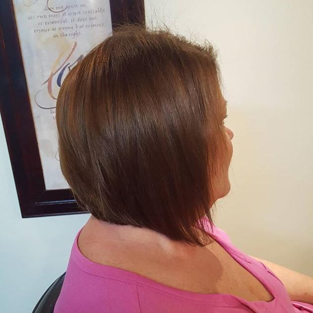 #angledbob#bob#haircut#shorthair#sparkss