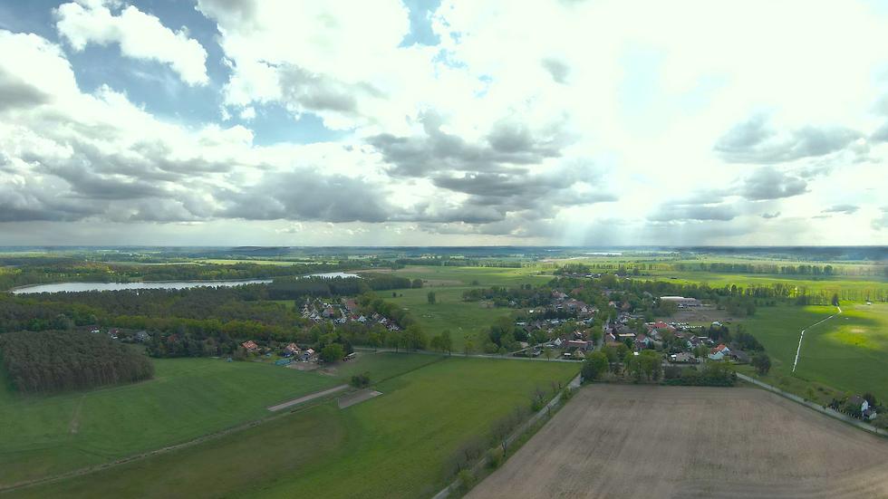 Gröben_Luftaufnahme.png