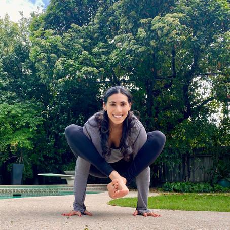 Shoulder Pressing Posture (Bhujapidasana)