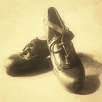 irish dance shoes 2_edited.jpg