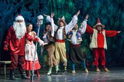 Новогодние приключения Белоснежки Петербургская оперетта Сергея Шалагина (15)